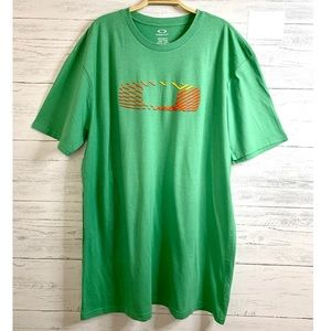 Oakley Men's Green Cotton Tee